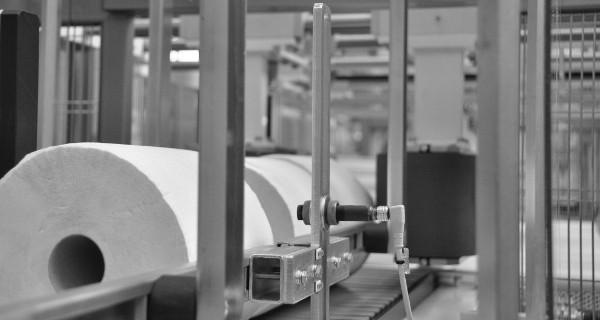 MICROLINE: Confezionatrice automatica con film termoretraibile per rotoli in carta | Empaquetadora automática con película termorretráctil para rollos de papel