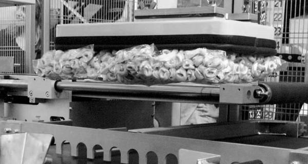 MICROLINE Food: Incartonatrice RVM con sistema di riempimento in Verticale | Kartoniermaschine mit Vertikaler befüllung | Embaladora en Cajas de llenado vertical