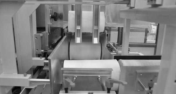 MICROLINE: incartonatrice ROM a riempimento orizzontale del cartone | ROM horizontal (side-loading) case packer