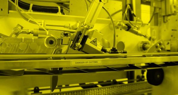 MICROLINE: Manigliatrice per rotoli | Handle Applicator for paper rolls | Applicateur de Poignées pour rouleaux de papier | Tragegriffapplikator für rollenprodukte | Manilladora